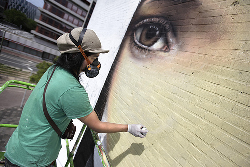 Dante Horoiwa, street art in progress