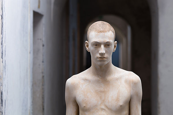 Bruno Walpoth | Mateo | cm. 180 | 2011